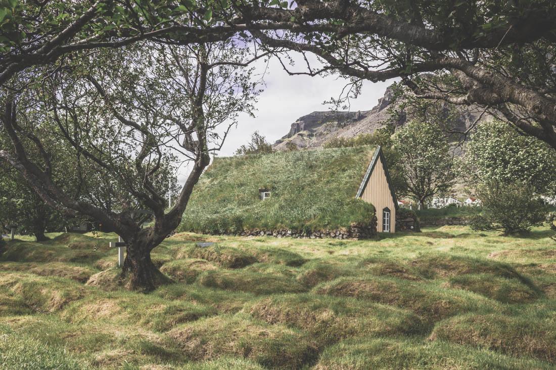 Hofskirkja / plus belles églises Islande
