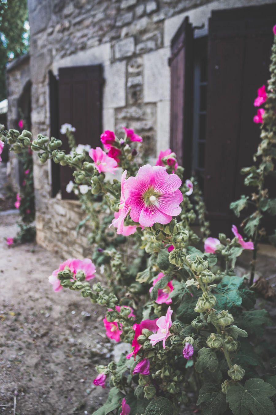 La Couvertoirade est l'un des Plus Beaux Villages de France aveyronnais, situé au coeur de l'Occitanie.