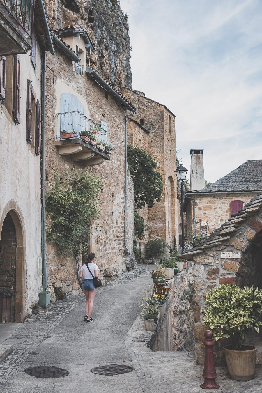 Peyre est un Plus Beau Village de France situé en Aveyron, Occitanie, France.